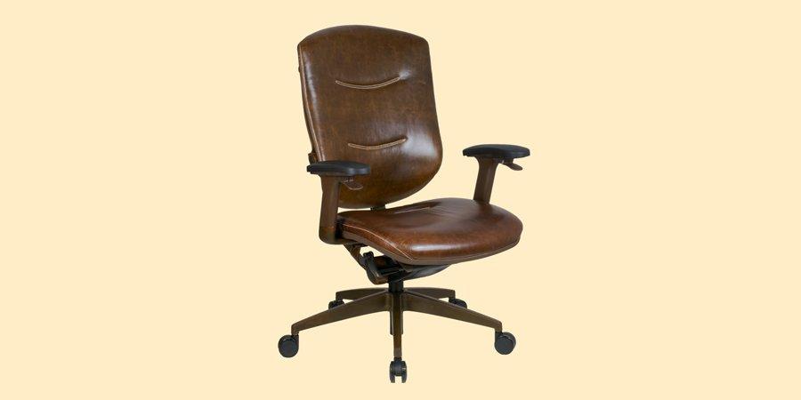 Кожаное кресло для шефа в стиле ретро и лофт