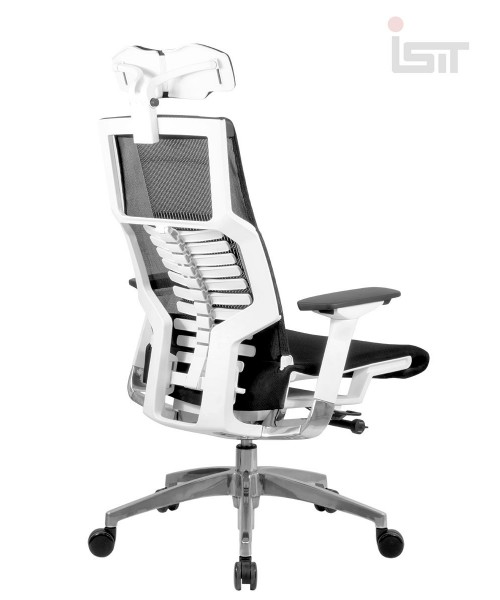 Эргономичное кресло из шоурума Pofit White