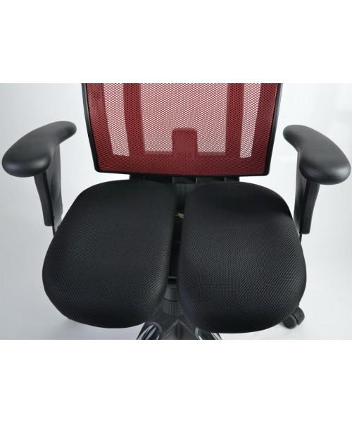 Анатомическое офисное кресло URUUS